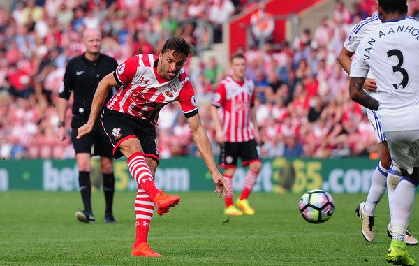 Jay Rodriguez of Southampton scores his side's equalising goal during the Premier…
