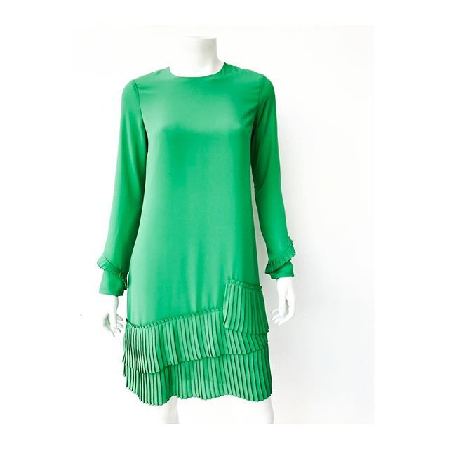 #ccspring17 #instafashion #dailylook #ootd #instablogger #fashion #silk #dress
