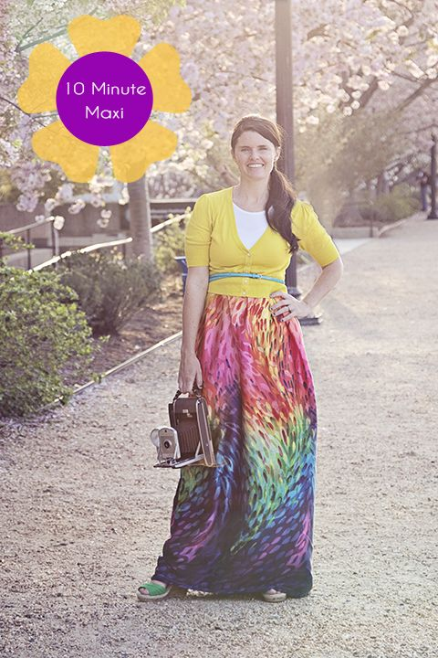 10 min maxi dress tutorial: 2 yds of fabric, 1 tshirt, 10 mins and you're done!