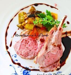 ラム肉のロースト ハニーバルサミコソース | 骨付きの塊肉で作った、こんがりジューシーなローストラムです。切り口のロゼ色が鮮やか~♪テーブルで切り分けたら感動しますよ!おもてなしの主役にいかがでしょう?