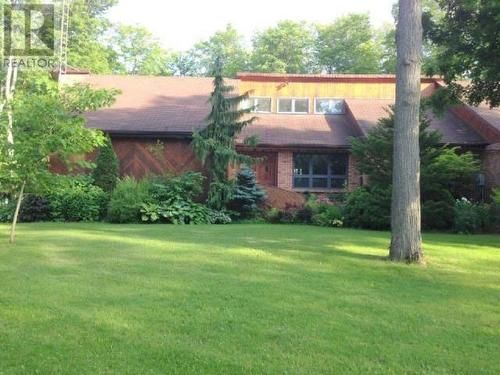 142 best homes 4 sale kawartha lakes images on pinterest for Dream homes ontario