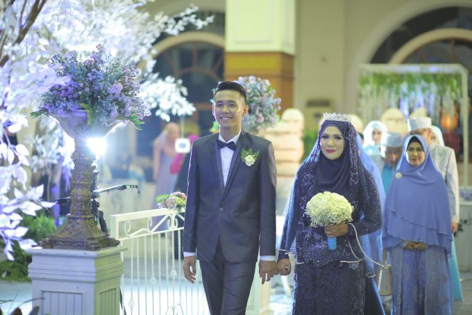 islamic wedding concept (syar'i wedding) by LAKSMI - Kebaya Muslimah & Islamic Wedding Service - 020