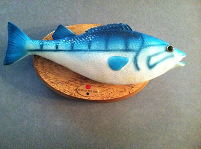 Frankie the singing fish moving wall plaque mcdonalds for Talking fish on wall