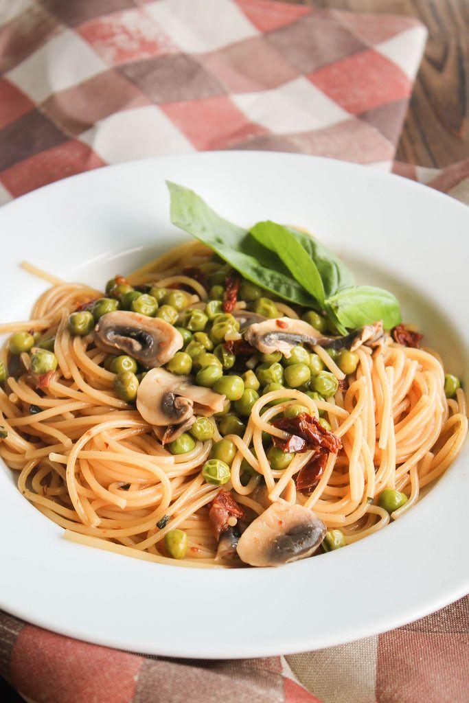 One pot pasta champignons et petits-pois {vegan} - aime & mange