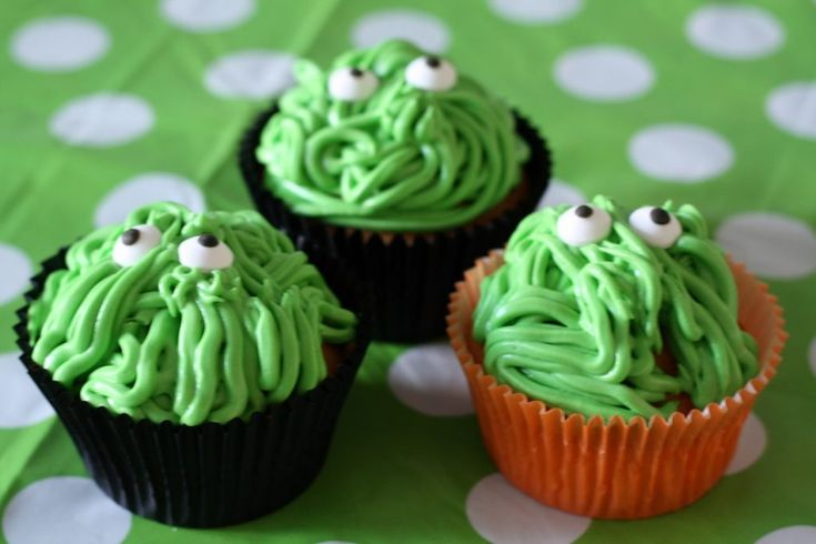 Groene cupcake monsters