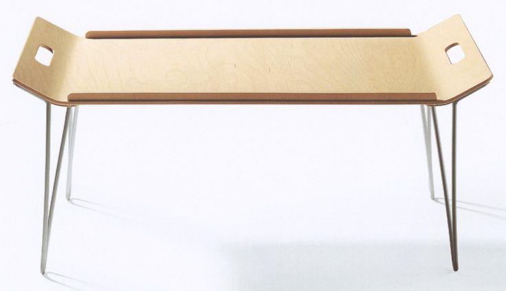 """Frühstückstablett """"Tischlein klapp dich"""" Birkensperrholz, klappbare Alubügel, Gewicht 1120gr. Internationaler Designpreis Baden-Württemberg 2004"""