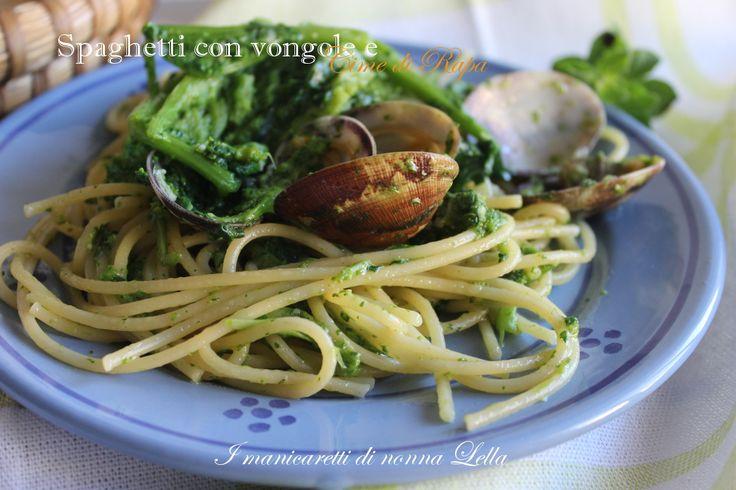 Spaghetti con vongole e cime di rapa, una ricette mare e monti veloce e facile. Ricetta con verdura.Ricette primi piatti.