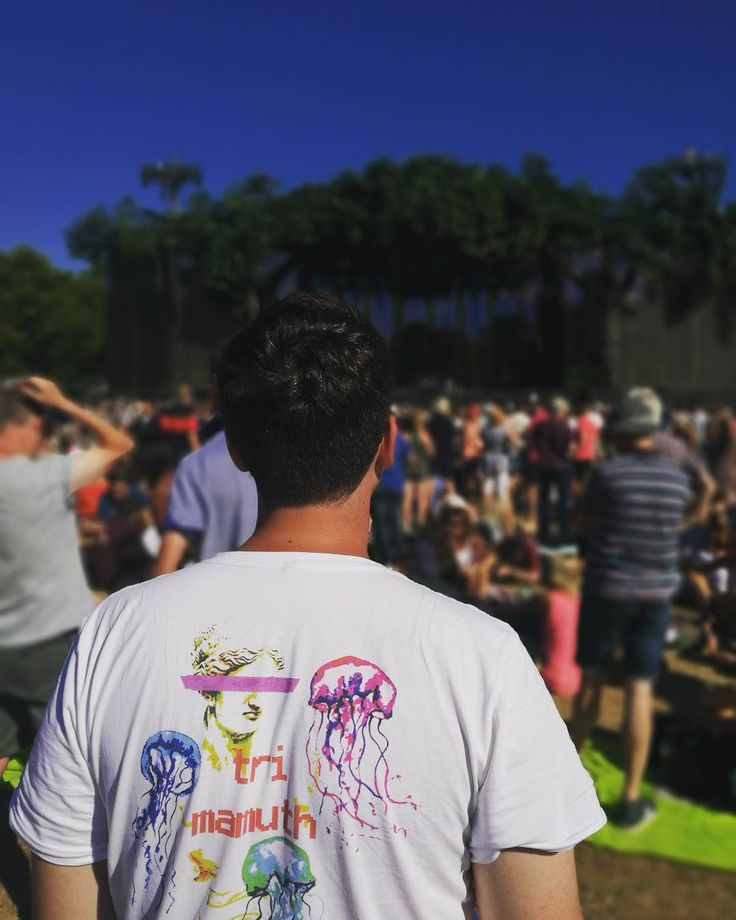 Our new Trisouxtra t-shirt out and about at @bsthydepark