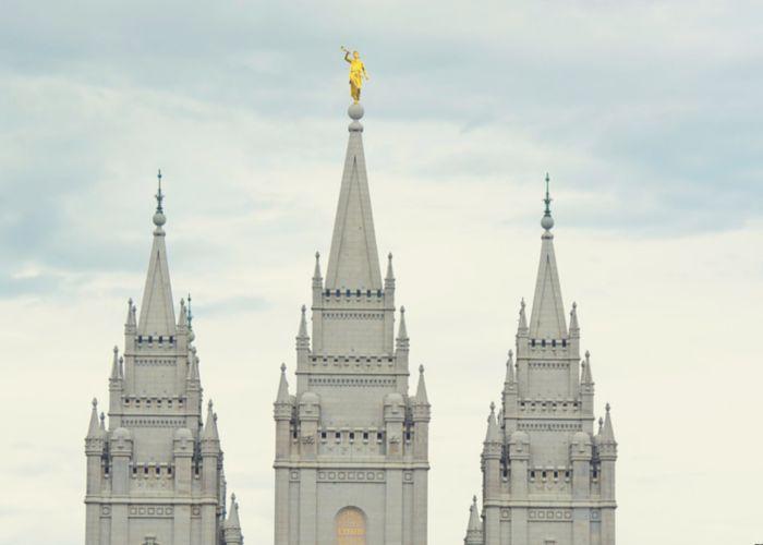 Je suis la fille de deux lesbiennes et je suis mormone.