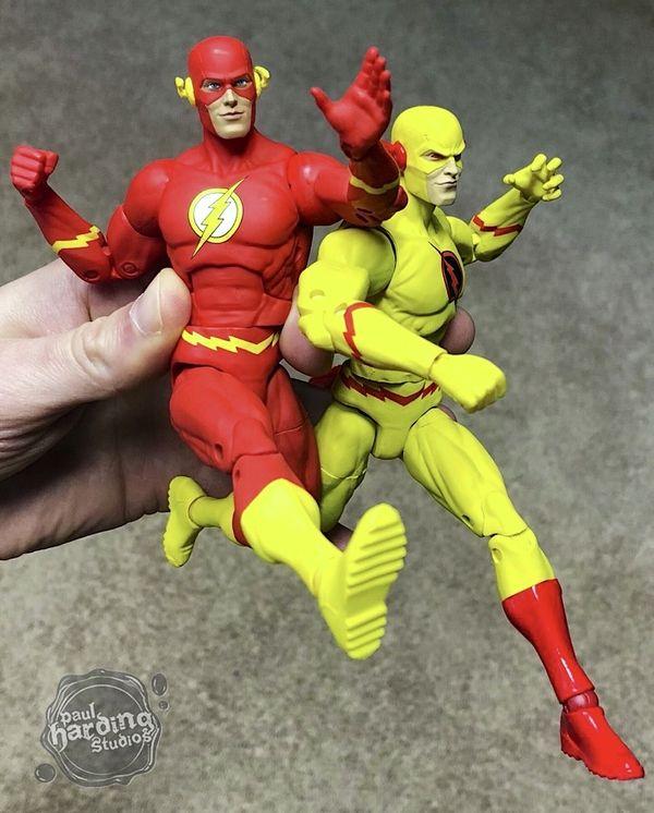 DC Comics Essentials Flash Action Figure