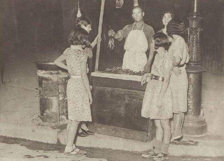 Foto antigua de un puesto de churros MADRID