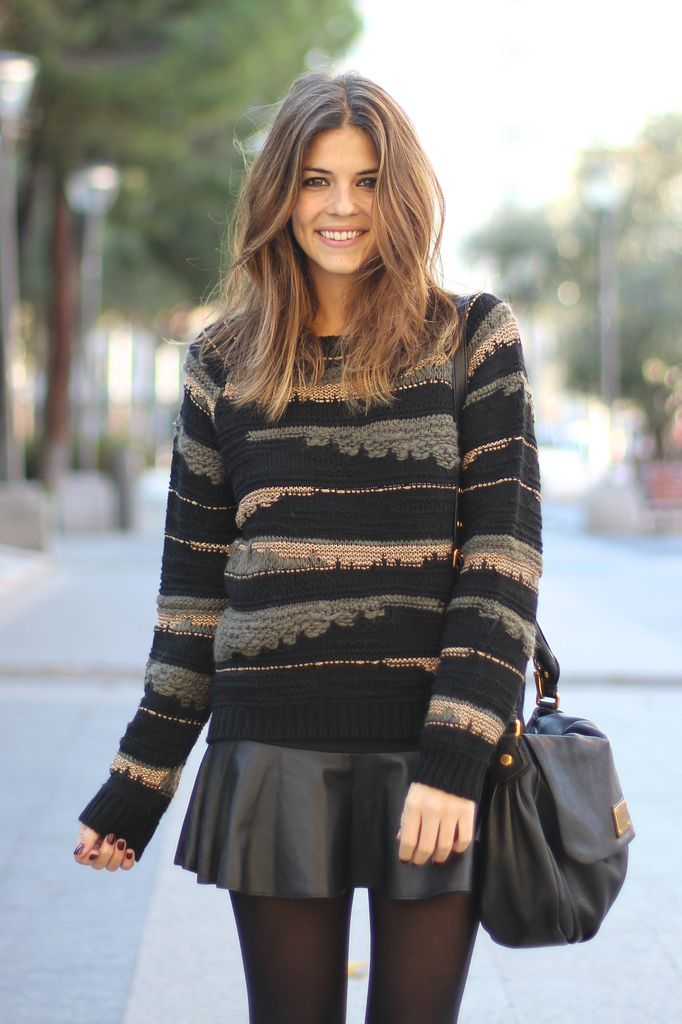 pleated skirts paired with oversized sweaters <3 great way to incorporate skirts into chilly winter months!
