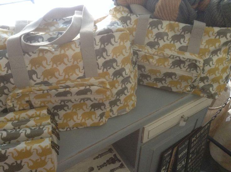 Bags R599