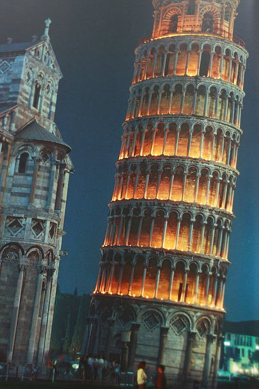 Cool at night I saw during day! The Leaning Tower of Pisa, Italy