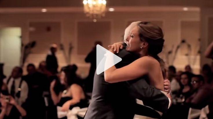 Weil der Vater der Braut tragischerweise vor der Hochzeit verstorben war, plante der Bräutigam eine besondere Überraschung für den Vater-Tochter-Tanz.