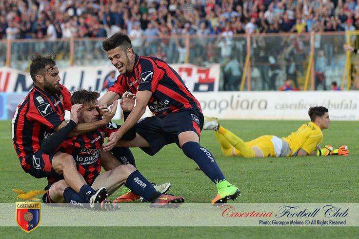 Play-off Lega Pro: la Casertana pareggia 1-1 con l'Alessandria: tutto rimandato al ritorno a cura di Redazione - http://www.vivicasagiove.it/notizie/play-off-lega-pro-la-casertana-pareggia-1-1-lalessandria-rimandato-al-ritorno/