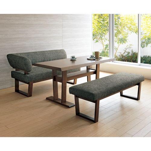 組み合わせは間取りに合わせて。北欧テイストのLD兼用片肘ソファー。華やかなファブリックと、落ち着いたシックな雰囲気の木部で、くつろぎ感ともてなし感をオールインワン。