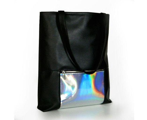 Schultertaschen - Holografischer Shopper - ein Designerstück von Erika-Szuecs bei DaWanda
