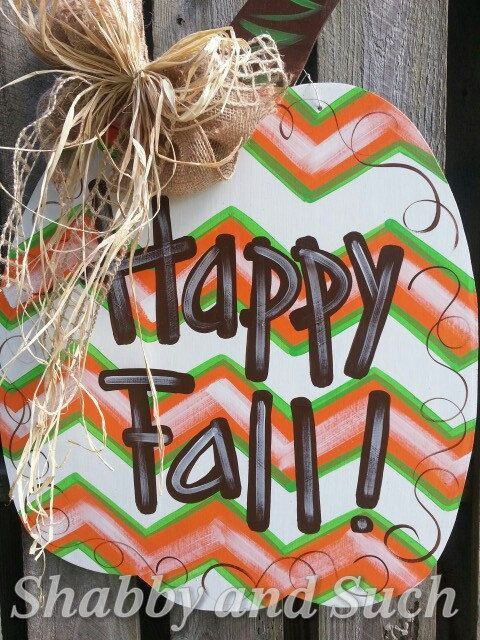 Shabby and Suchs original chevron pumpkin door hanger has a new look with the gr