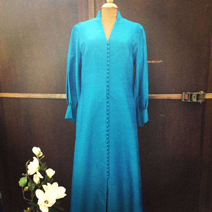 Danish/vintage/couture/raw silk/teal/gown/1960/tailor made/copenhagen/matching handbag/scandinavian modern by WifinpoofVintage on Etsy