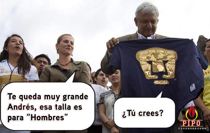 AMLO con la playera de Pumas.