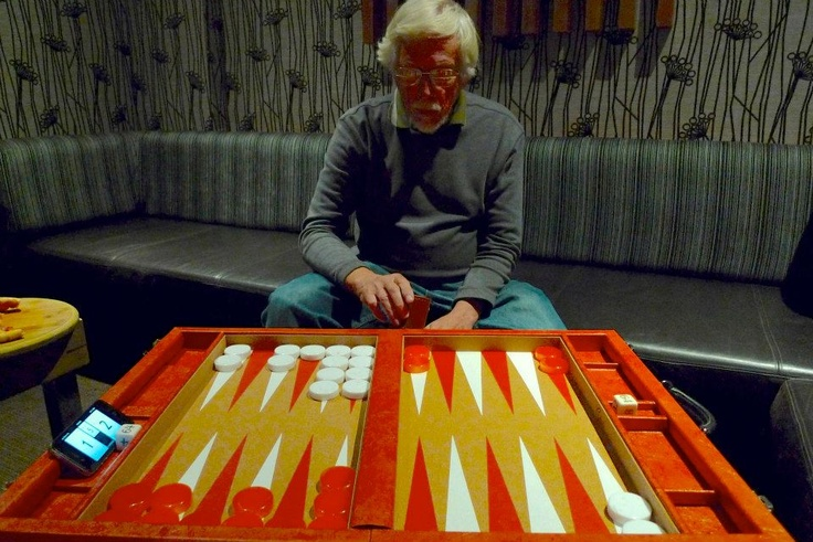 Intense! The Crisloid Orange Crush being played by this gentleman from Perth Backgammon Club in Australia.
