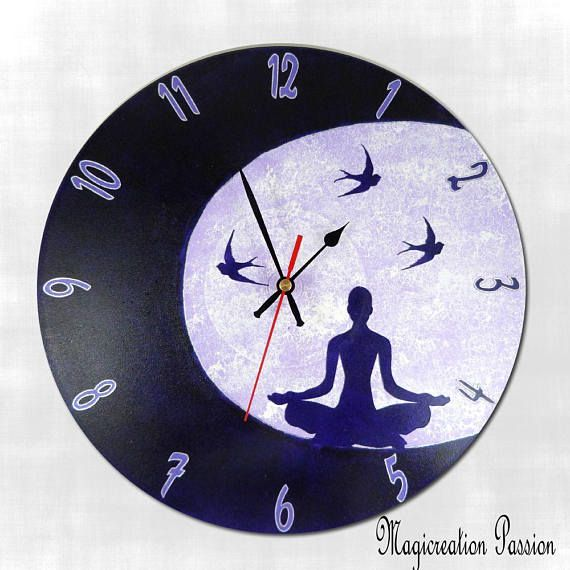 affordable horloge silencieuse mditation au clair de lune violet sur disque vinyle tours recycl. Black Bedroom Furniture Sets. Home Design Ideas