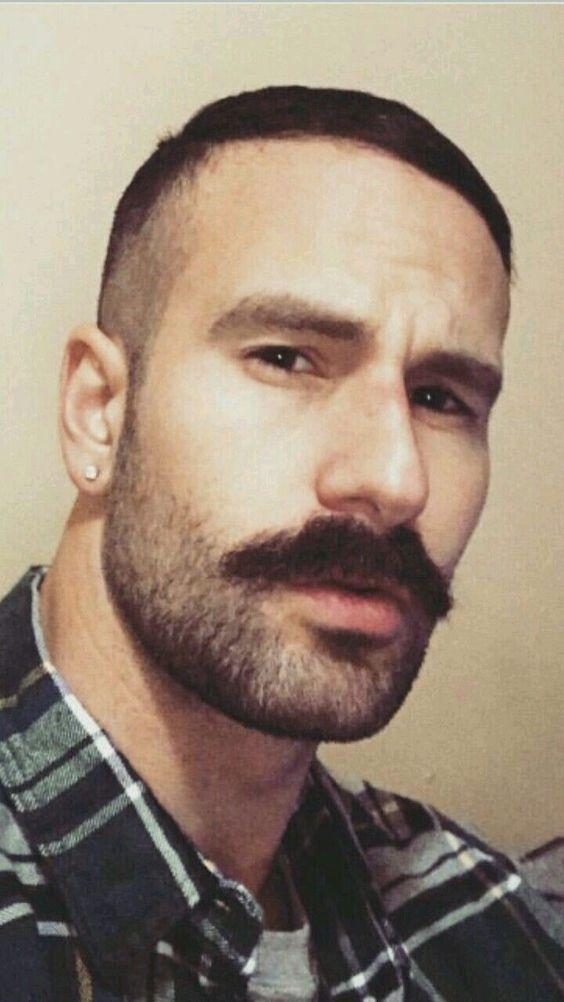 Diferentes tipos de bigodes para se inspirar - MODA SEM CENSURA   BLOG DE MODA  MASCULINA 08434c5675
