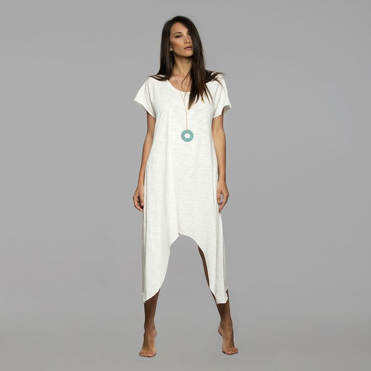 Leto, our cotton kaftan for everyday strolls in style. Also available in silk. Find it here: http://www.thewhitesantorini.com/e-shop/spring-summer-15/kaftans/leto-cotton/