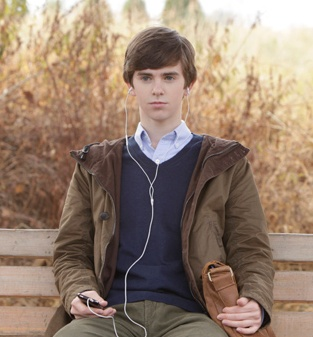 Did you catch the premiere of Bates Motel on A? Here's our review of the pilot episode. What did you think of it?