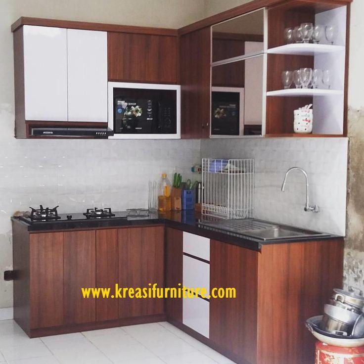 Kitchen Set Jati Minimalis merupakan kitchen set terbaru dengan model minimalis modern yang sangat cocok untuk di pasang di dapur rumah anda