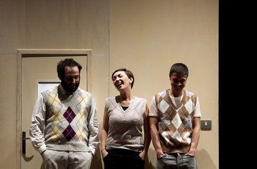 La famiglia Campione de Gli Omini oggi al Teatro degli Atti di Rimini