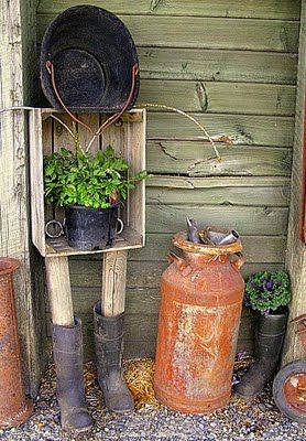 How to shop for funky rust in the country | Rustic garden ...
