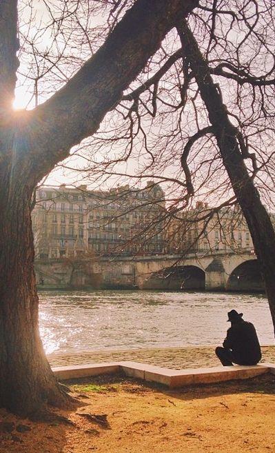 Credit photo : @vutheara #Fall #Paris #France