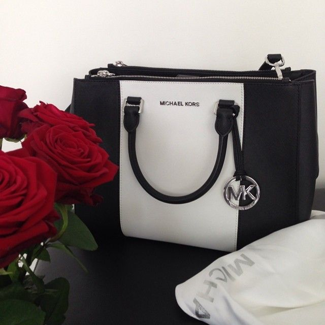 Michael Kors Handbags Shop the latest #Michael #Kors #Handbags on the world's largest fashion site.