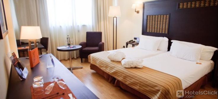 Located in the heart of #Malaga, Hotel Silken Puerta Malaga is close to the Malaga Train Station. It's the ideal solution for who wants to combine a vacation dedicated to the art and history of Malaga with a beach holiday. https://www.hotelsclick.com/hotels/spain/malaga-costa-del-sol/25184/hotel-silken-puerta-malaga.html