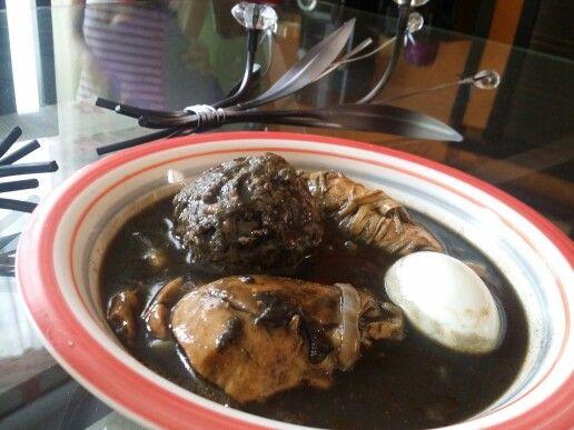 Comida yucateca relleno negro es uno de los tantos platillos tipicos del estado de yucatan