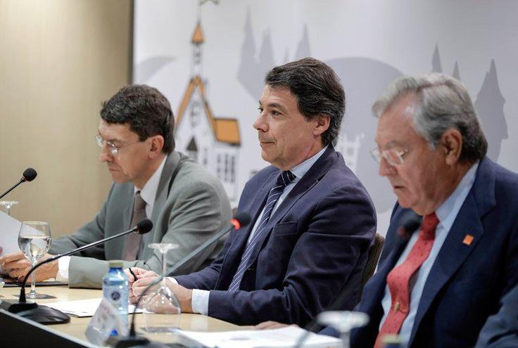 El Presidente de la Comunidad de Madrid, Ignacio González, presenta el Informe eEspaña 2014 sobre el Desarrollo de la Sociedad de la Información en España.