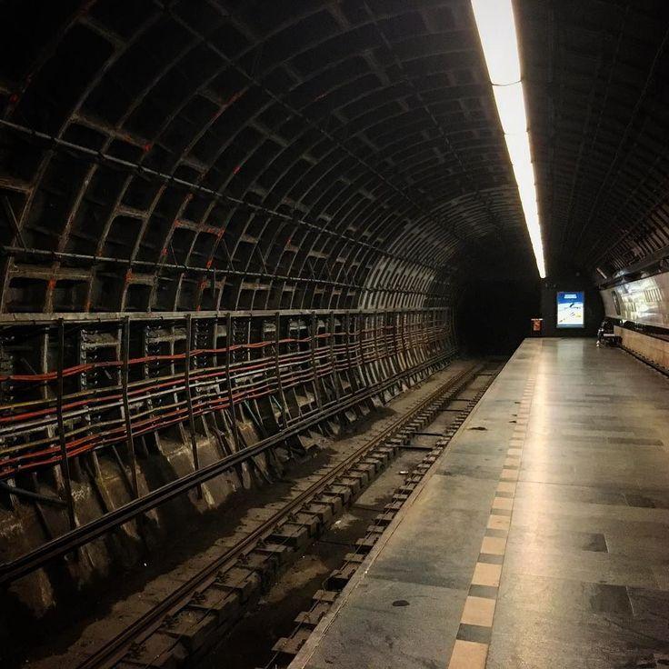 Rozborka metra... #tunel #kdoUmejeKabely #undegraund #homeland  #homemade #homedecor