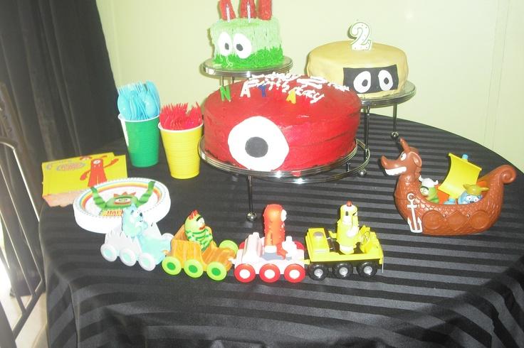 Yo Yo Birthday Cake