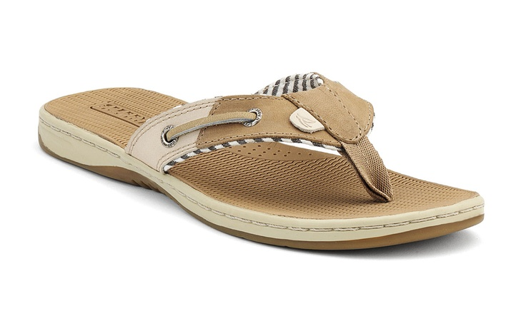 sperry flip flops. i can see myself wearing these everyday this summer.