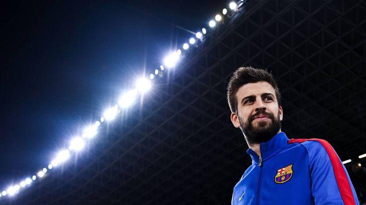 Gerard Pique mempermasalahkan kinerja wasit yang dianggapnya sudah merugikan Kubu Barcelona dan menguntungkan kubu Real Madrid