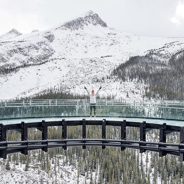 This is what standing 918 feet in the air looks like   Photo by @dahul  #MyJasper