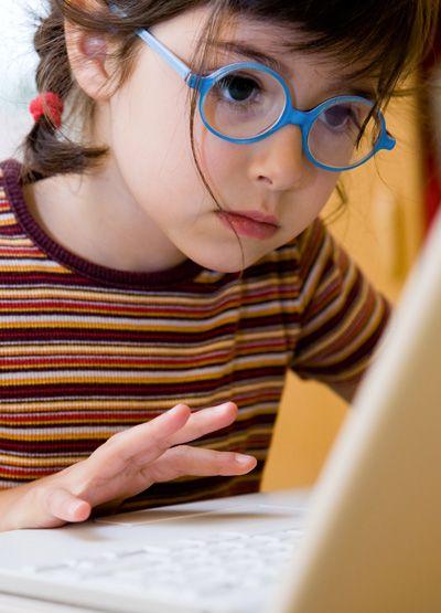 bien choisir les lunettes de vue pour enfant braille. Black Bedroom Furniture Sets. Home Design Ideas