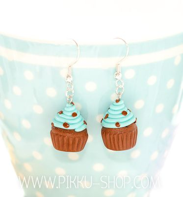 Chocolate Chip Mint Cupcake Earrings from Pikku Shop | www.pikku-shop.com | #kawaii #cupcake #earrings #cute #polymerclay #fimo