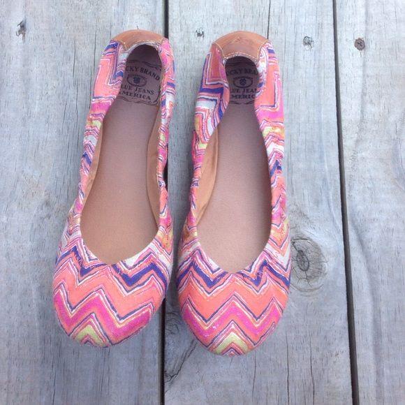 Luck Brand aztec flats Lucky brand flats. Aztec print. Worn only a few times. Lucky Brand Shoes Flats & Loafers
