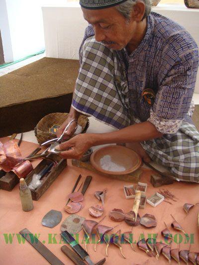 how to make batik tjanting ?
