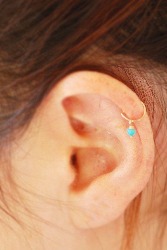 Winzige Hoop Cartliage Ohrring, Tragus Helix piercing, Knorpel-Ring, Türkis Tragus-Ohrring