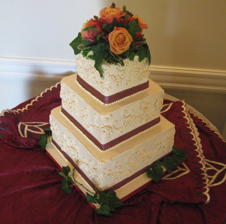 burgundy black and gold wedding cakes 120 best images about burgundy and gold wedding on 12233