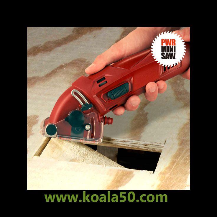 Sierra Circular de Mano PWR Mini Saw - 42,61 €   ¡Ahora ya puedes convertirte en un manitas del bricolaje con la ayuda de lasierra circular de mano PWR Mini Saw! Esta sierraeléctricade corte circular y gran precisión cuenta contres...  http://www.koala50.com/regalos-para-hombre/sierra-circular-de-mano-pwr-mini-saw